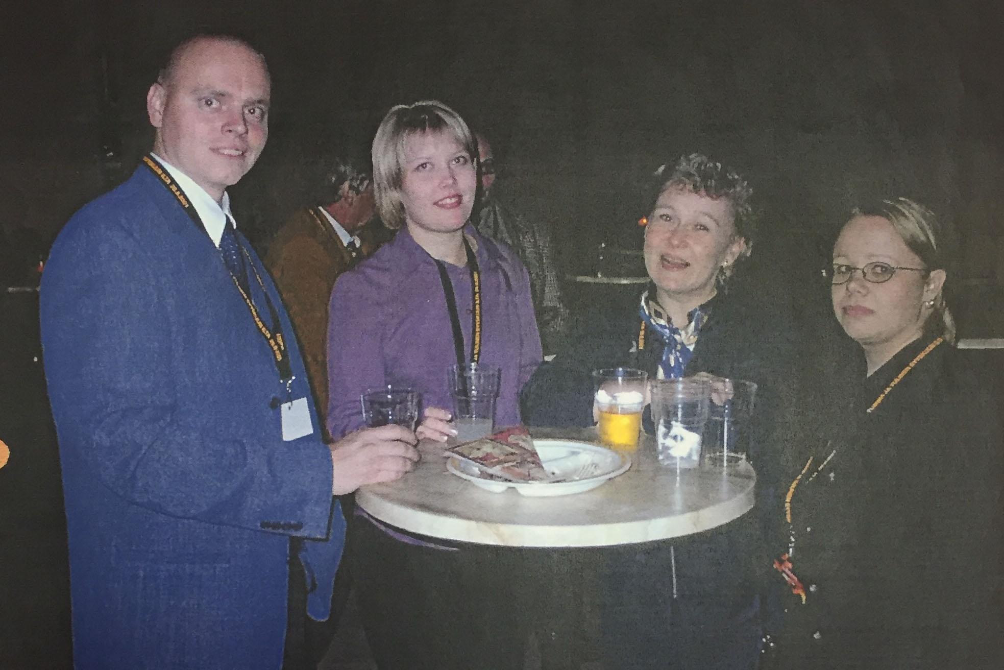 Nykyisissä tiloissamme järjestettiin vuonna 2001 terminaalijuhlat, jotka olivat samalla tupaantuliaiset. Teemana oli tumma ja tulinen syyskuun ilta.