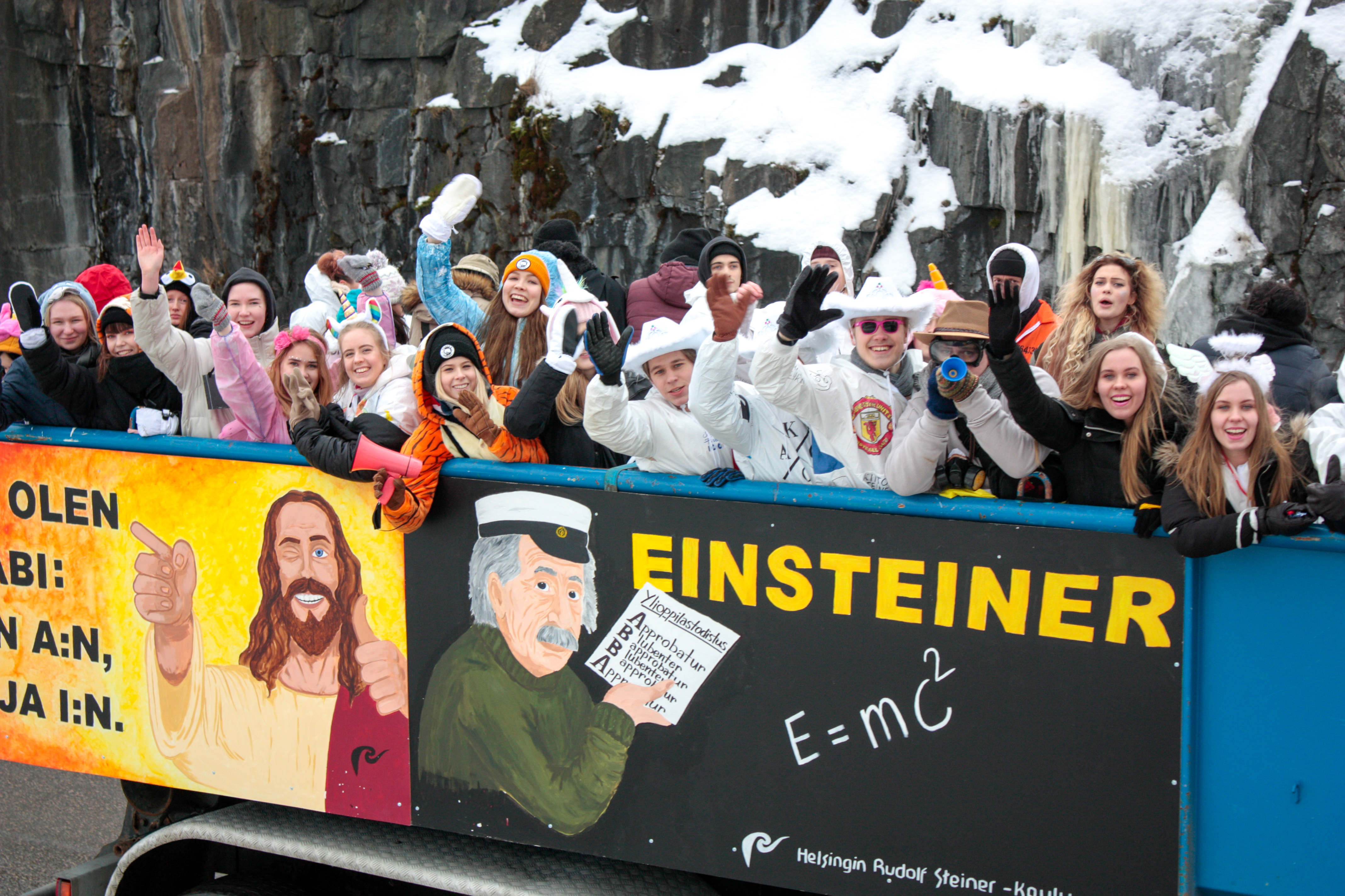 Jeesus ja Einstein inspiroivat abeja.